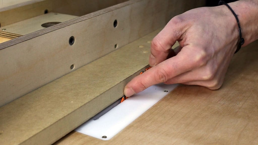 Table-saw-safety-tips-how-work-kickback